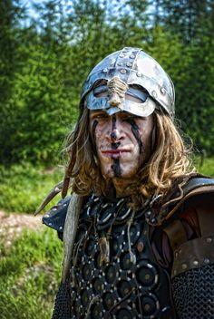 233be83fc30f96d5b06a0f0d3de73dc7–viking-men-fantasy-costumes